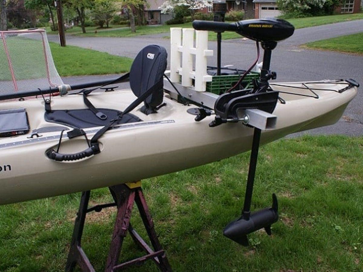 Best 8 Trolling Motors For Kayaks Reviewed In 2021 – Freshwater & Saltwater
