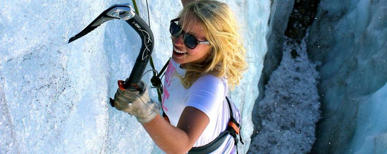 Best Ice Climbing Gloves – What Is The Best In 2021?