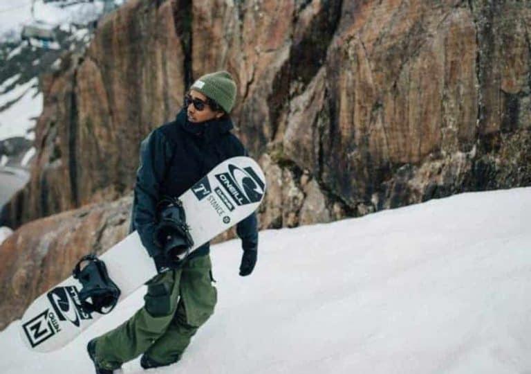 5 Best Snowboard Pants Reviewed In 2021
