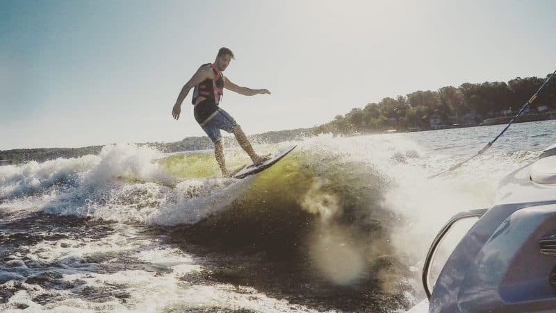 wakesurfing shaper e1564393402330